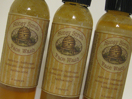 honey-scrub-facial-wash
